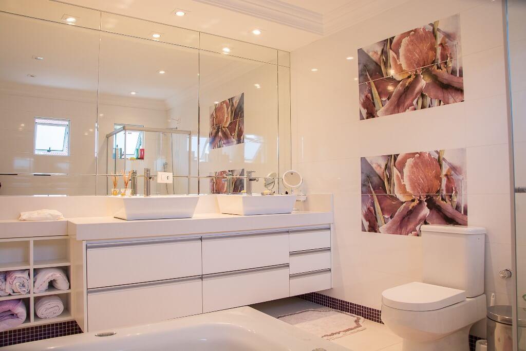 Нюрдовая палитра ванной комнаты