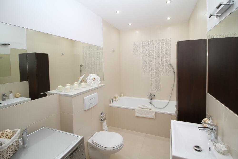 Фото ванной комнаты в белом цвете
