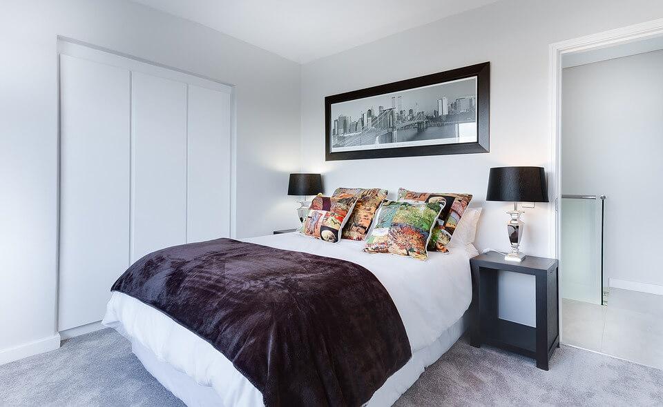 Ковролин в комнате в стиле минимализм