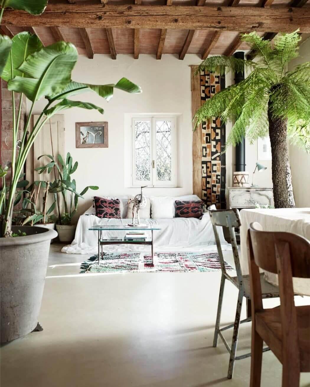 Современная гостиная в стил эко-лофт