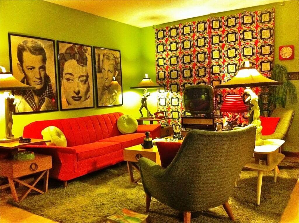 Современная гостиная в стиле китч
