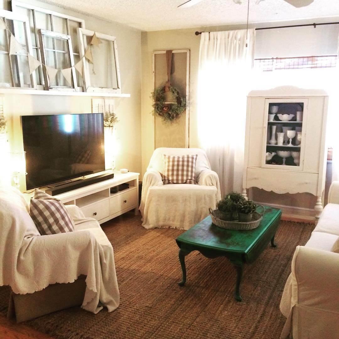 Интерьер гостиной в стиле шебби-шик