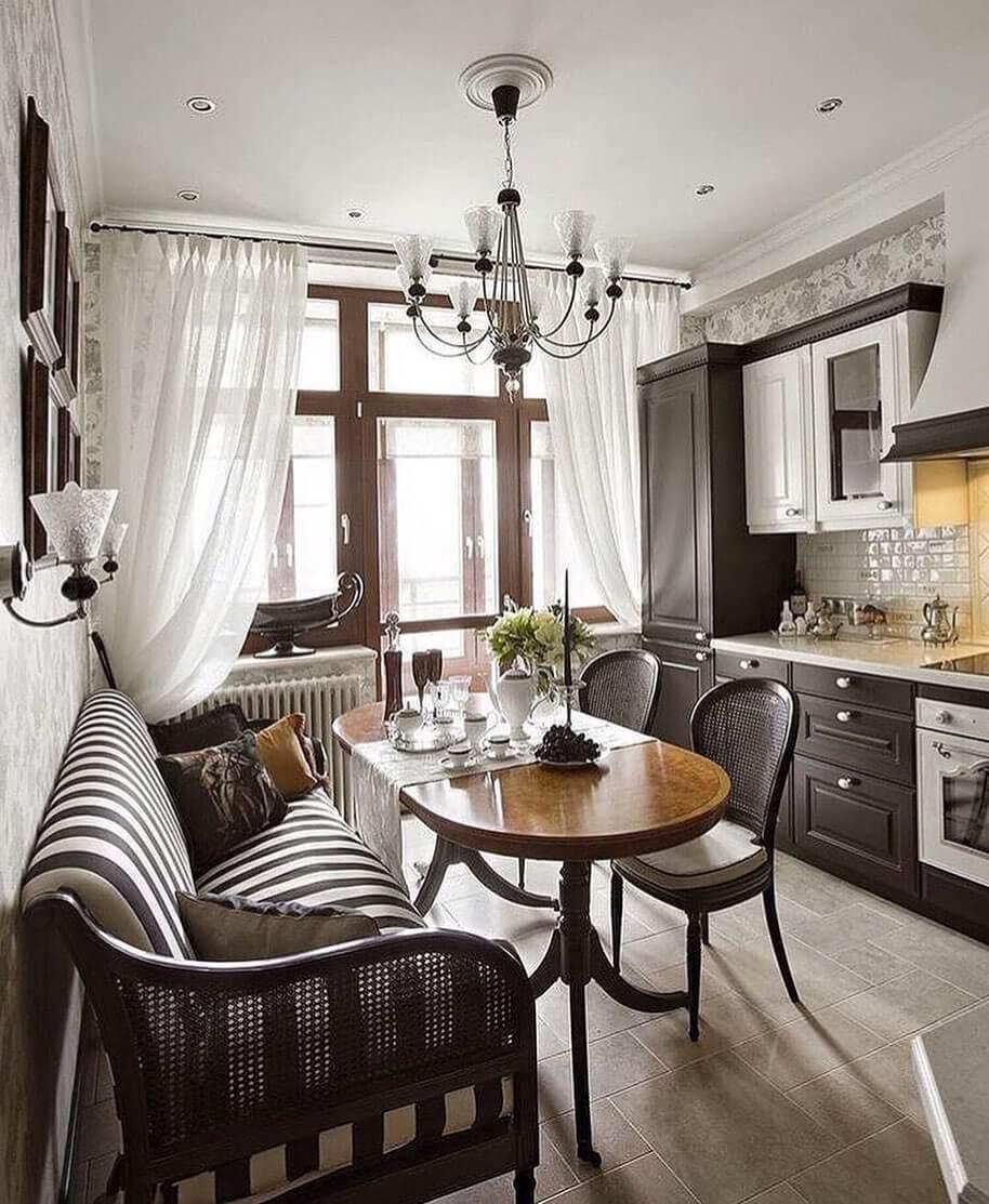 Стильный интерьер кухни в классическом стиле