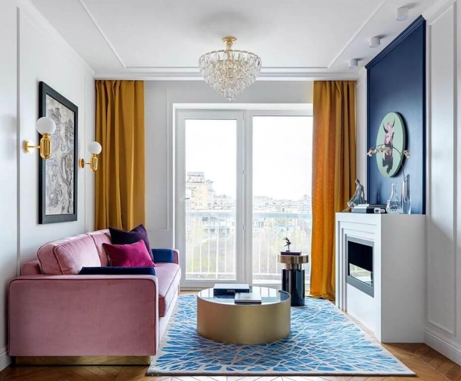 Небольшая гостиная в стиле современной классики
