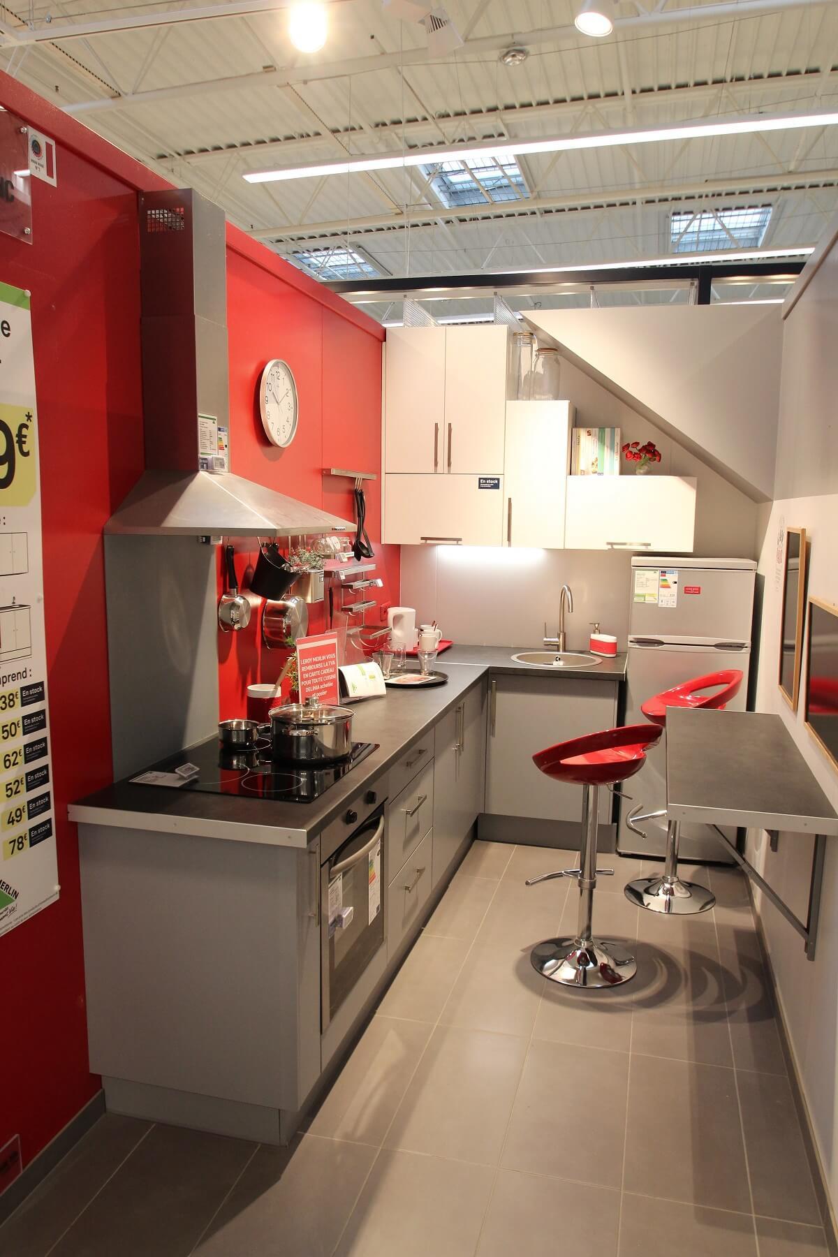 Акцентная стена в кухне