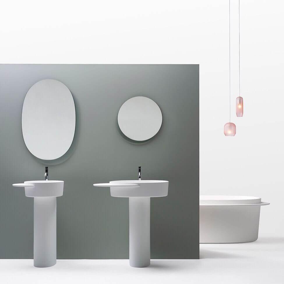 Фото дизайна в серых тонах в ванной комнате